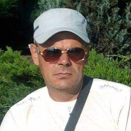 юрий, 56 лет, Амвросиевка