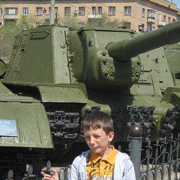 Илья, Волжский, 17 лет