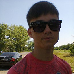 Олег, 23 года, Светлодарское