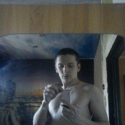 Евгений (id13731094), 28 лет, Щекино