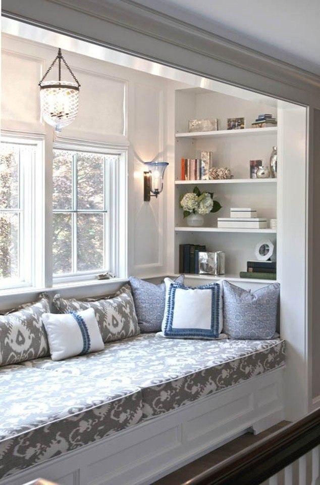 кровать подоконник в зале фото шланга высокого