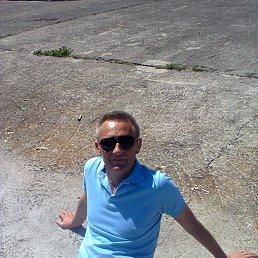 владимир, 53 года, Острог