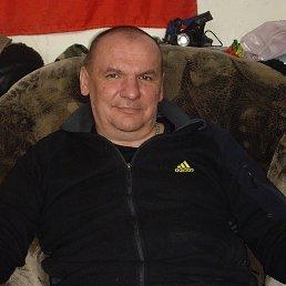 геннадий, 49 лет, Новогорный