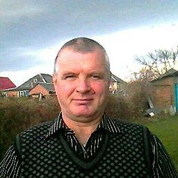 Игорь, 56 лет, Двубратский