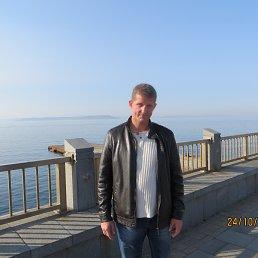 Игорь, 48 лет, Артем