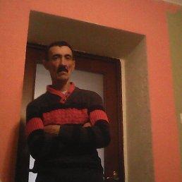 Едуард, 49 лет, Перечин