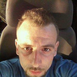 Stanislav, 26 лет, Карловка