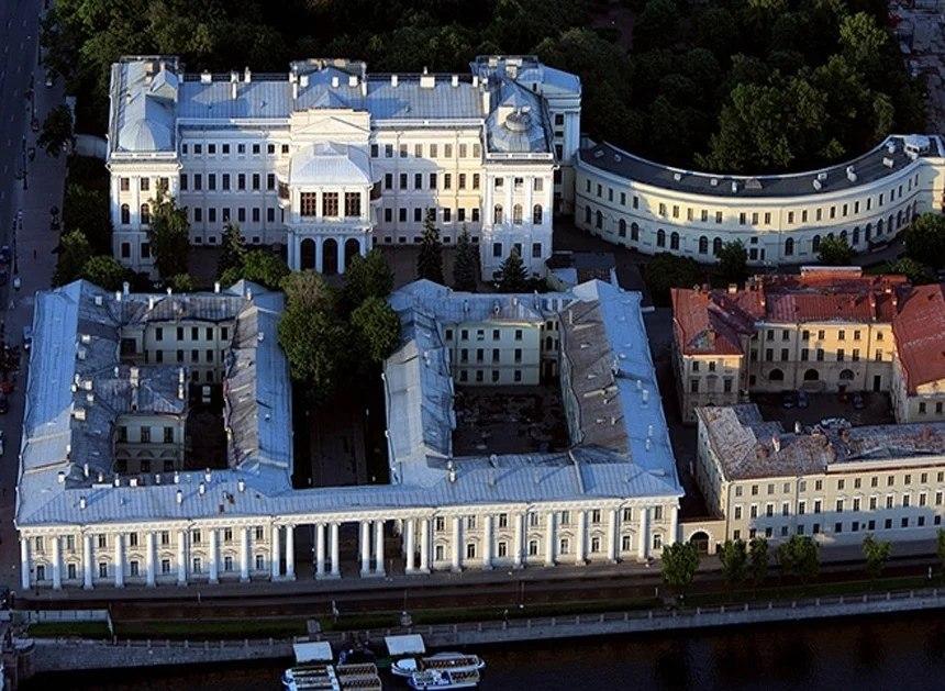аничков дворец фото оперного жанра