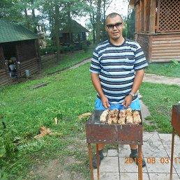 Олег, 36 лет, Шахтерск