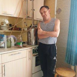 Валерий, 53 года, Мирный