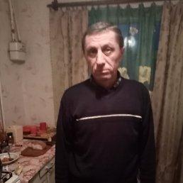 Олег, 55 лет, Киев