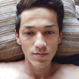 Алик, Владивосток, 25 лет